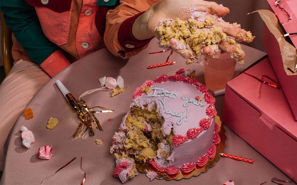 birthday-cake-mess