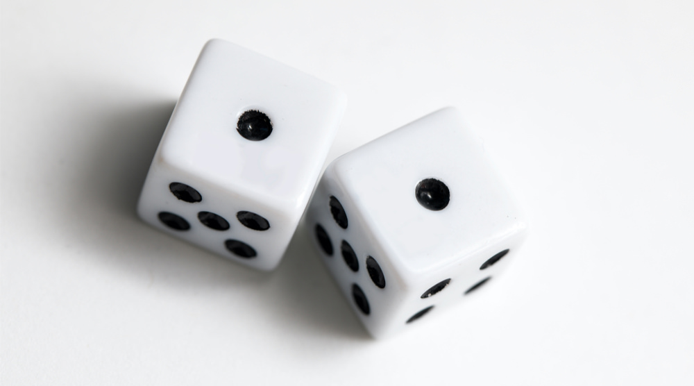 dice-white-background